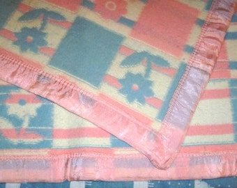 Vintage 1950s Pink & Blue Floral Baby Blanket