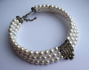 White pearl necklace Wedding necklace Pearl jewelry Pearl choker Necklace for women Vintage necklace Vintage jewelry Prom summer jewelry