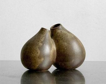 Sandstone - Sandstone double vase double bud vases