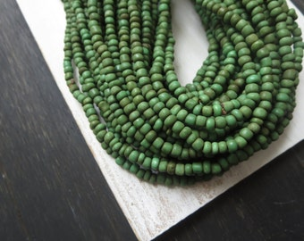 green seed beads, rustic green glass beads, Small opaque organic barrel tube spacer Indonesia  1.5  to 4  mm /  44 inches  strand  - 5A2-5