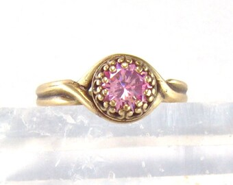 Antique brass pink CZ adjustable crown ring / Best friend gift / 6mm pink ring / promise ring / Mothers Day gift / girlfriend gift