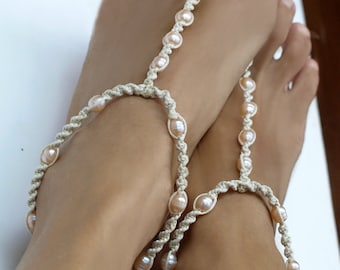 Beach Wedding Barefoot Sandals, Pearl Anklet, Beach Wedding Shoes, Bridal Sandals, Bridesmaid Gift, 1 Pair