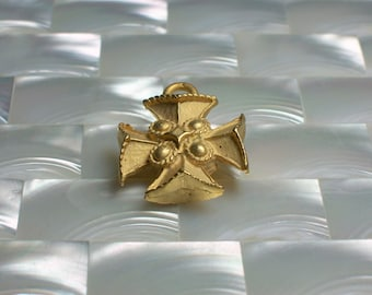 1pc Cross Charm Pendant Maltese Cross Matte Gold Brass Medium Charm Ornate Religious Jewelry Jewellery Craft Supplies