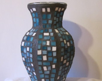 """Turquoise and White 10 1/2"""" x 6"""" Stained Glass Mosaic Vase"""