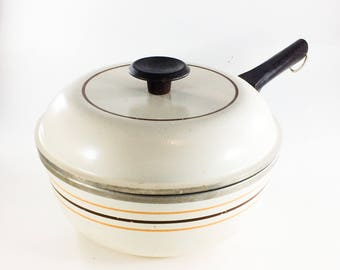 Vintage Regal Ware Cast Aluminum Sauce Pan Tan with Stripes 8 Inch