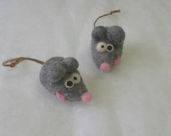 Cat toy, felted mouse, needle felted, merino wool, eco-friendly