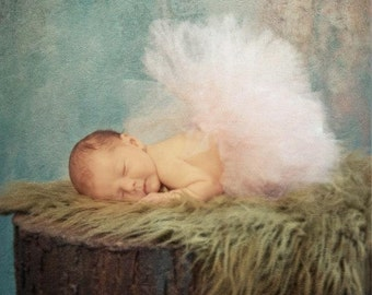 The Everlee - itty bitty infant tutu - Sewn and super full - newborn through age 1 - photo prop, baby pictures, baby's first christmas
