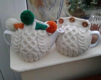 Pattern: Two Way Aran Tea Cosy