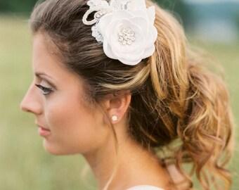 Bridal Flower Hair Piece. Bridal Flower Hair Comb. Bridal Headpiece.