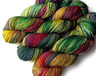 Hand Dyed Yarn Ultrafine 17 Micron Merino DK Yarn, Jungle, 280 yards