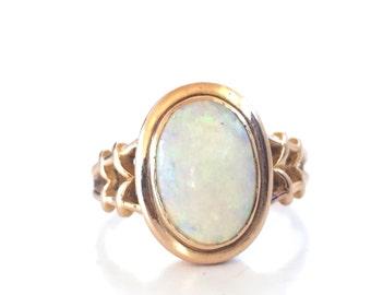 Vintage Opal Ring | Yellow Gold | 14k Bezel Set | Size 6 | Item 82916