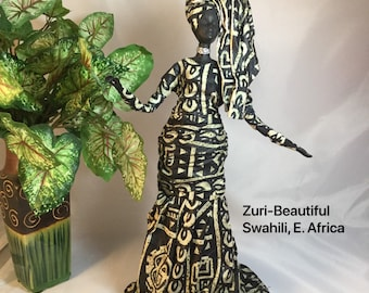 Zuri, Sherika Queen Statue, Welcome to Wakanda Collection, size 4, 13 inches