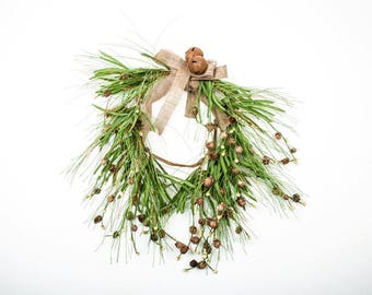 Pine Wreath with Hanging Pine Cones, Cream Berries and Burlap Bow, Winter Wreath, Country Christmas, Rustic Wreath, Primitive Christmas