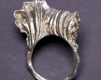 Carved Ring-Petal