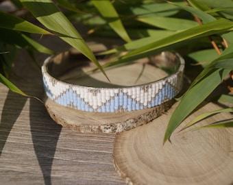 Bracelet manchette tissage perles bleues
