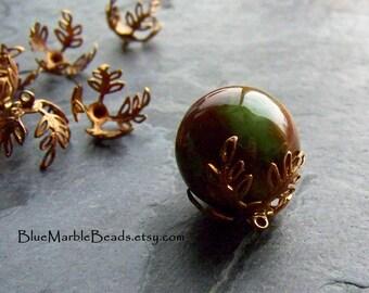 Bead Cap, Filigree Bead Cap, Glue On Bead Cap, Leaf Bead Cap, No Hole Beads, Vintage Finding, Brass Finding, Jewelry Supplies, 10 Bead Caps