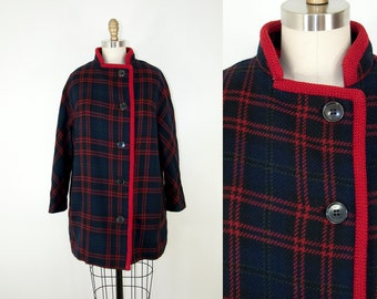 60s Vintage Navy Plaid Coat. Winter Jacket (M)