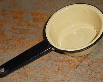 Vintage Pan, Enamel Ware, Primitive, Yellow, Pots and Pans, Country Kitchen,  Enamel Pan, Sauce Pan, Enamel Pots, Enamelware, Farmhouse