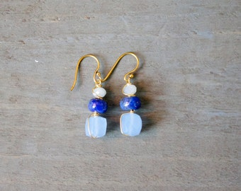 Chalcedony and Lapis Drop Earring
