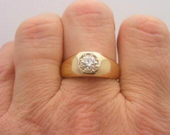 0.93 Carat T.W. Round European Cut Diamond Solitaire Ring 14K Yellow Gold