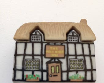 Wade England,  The Why Not Inn, Thatch Roof