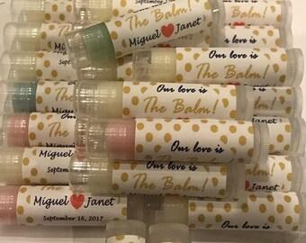 Faveurs de mariage, 100 notre amour est le baume pour les lèvres Baume faveurs, Bridal Party Favors, en or ou argent Pokadots, étiquettes personnalisées
