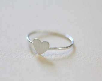 tiny heart ring - sterling silver dainty ring, rustic jewelry