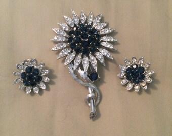 MINT Lisner Rhinestone Flower Brooch and Earrings