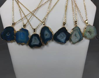 Agate Healing Crystal Necklaces (Medium)