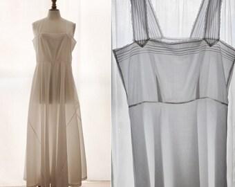 Vintage 1930's sleeveless dress, white cotton in the bias