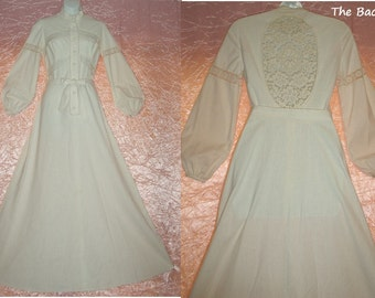 """SALE! Vintage Maxi Dress Boho Hippie Gown Natural Cream Muslin Floor Length Wedding Lace 60's/70's Gunne Sax Style Size S/Small 32-34"""" Bust"""
