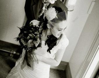 Bridal Feather Fascinator 1920s Wedding Feather Headpiece Bridal Feather Fascinator Feather Bridal Hairpiece  Ivory White Veil