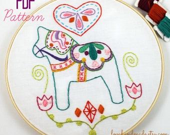 Dala Horse. Hand Embroidery Pattern. Embroidery Designs. Swedish Horse. Scadinavian. PDF Pattern. Digital Pattern. Hand Sewing Pattern.