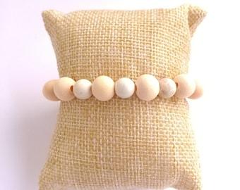 White howlite beaded wooden bracelet