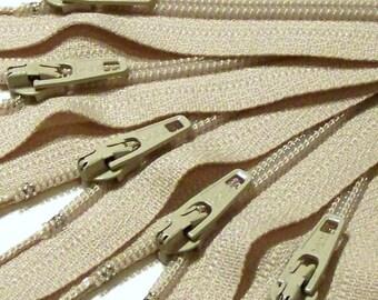 SALE Wholesale Twenty-five Beige 9 Inch Ykk Zippers Color 572