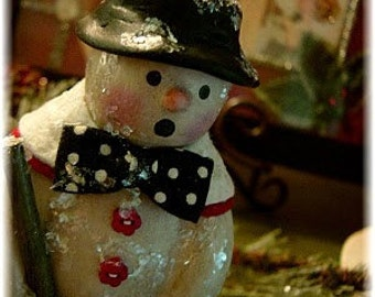 "Tutorial for creating a paperclay Snowman, ""Chilly Chester"""