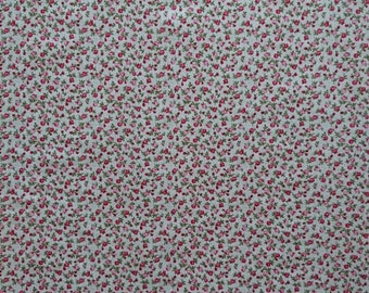 COTTON FABRIC pretty tiny roses covering a white background, patchwork, quilting, sewing