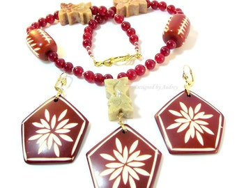Burgundy Necklace and Earring Set - Indian Rose Wood and Jade Chrysanthemum Beaded Necklace and Earrings - Red Necklace Set