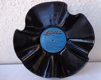 1977 ELVIS In Concert Vinyl Record Bowl. RePurposed Vinyl Record. Record Bowl. Music Lover Gift. Elvis Fan Gift. Music Room Decor. Elvis