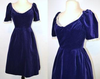 1970s Purple Velvet Tea Length Dress by House of Bianchi, Sweetheart Neckline, Needs TLC, Wounded Bird