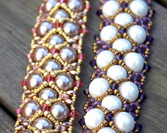 Kerstin - DIY tutorial, bracelet with faux pearls, Swarovski bicones, Super Duo and seed beads
