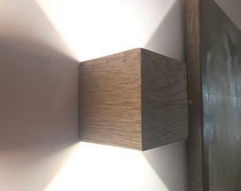 Wood Cube adjustable, dimmable wall fixture