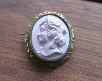 Small Antique Victorian Cameo Brooch - Pale Dusty Rose - Antique Jewelry - 1860s - 19th Century