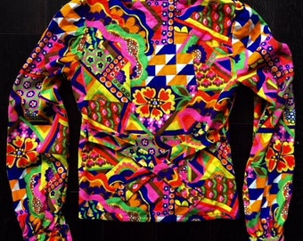 70's Psychedelic Button Up with Slightly Puffy Shoulders