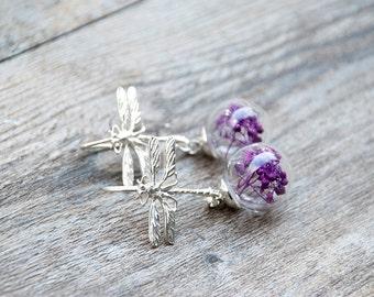 Dragonfly earrings, glass globe earrings, terrarium earrings, real flowers jewelry,gift for woman,flores secas, botanical jewelry