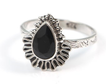 Black onyx 92.5 sterling silver ring size 8 us