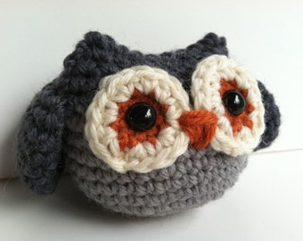 Amigurumi Crochet Owl Toy Plushie - Slate Gray and Pearl Gray Kawaii Plush Owl Nursery Decor Owl Plushie Stuffed Animal Owl Stuffed Owl