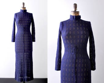 1970 knit maxi dress. 70's navy blue dress. eyelet pointelle. xs. s.