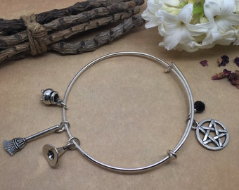 White Witch - Expandable charm bangle bracelet broomstick,pentacle,cauldron and withes hat. Pagan