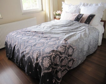 College Dorm room Bedding - fast shipping - Pink gray Damask print- Twin XL duvet cover -romantic bedroom - dorm bedding Nurdanceyiz